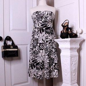 Gap Black and White Strapless Dress